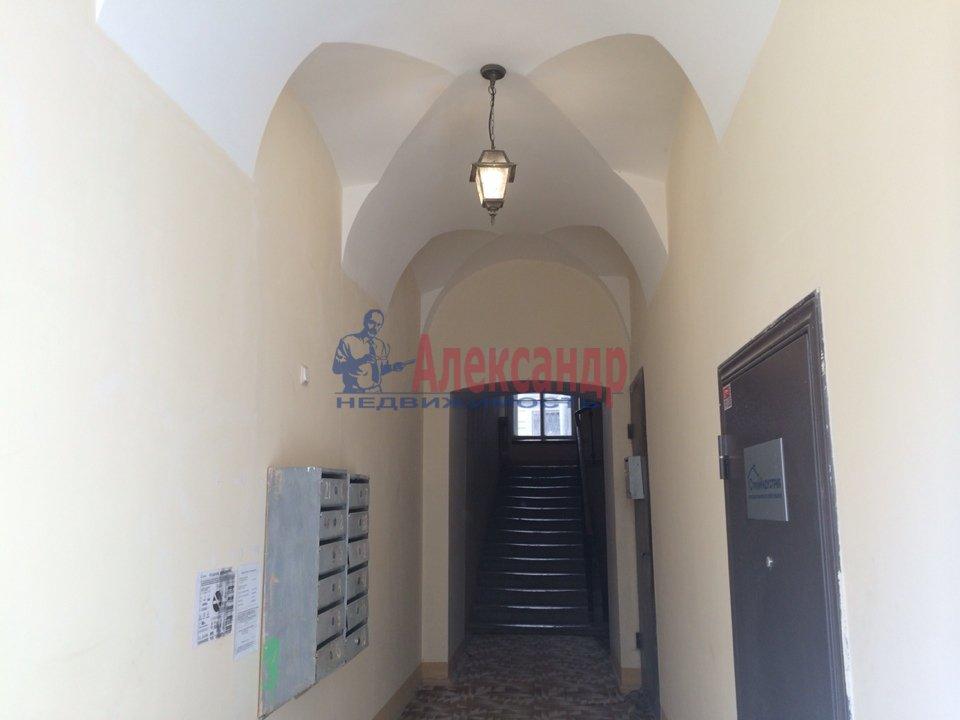 2-комнатная квартира (70м2) в аренду по адресу Адмиралтейская наб., 10— фото 12 из 13