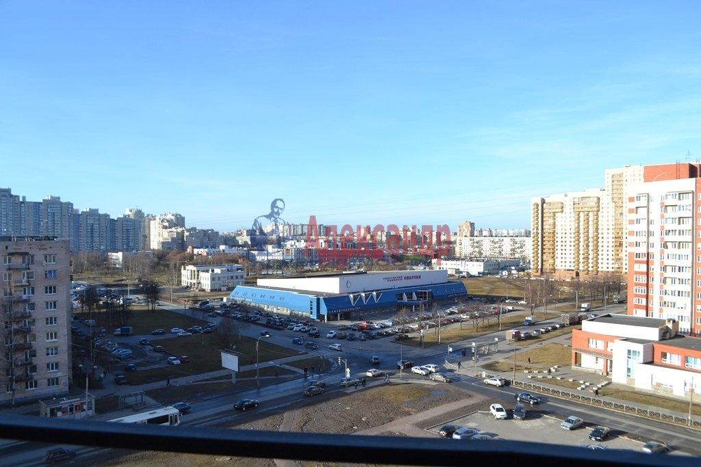 1-комнатная квартира (44м2) в аренду по адресу Бутлерова ул., 11— фото 16 из 16