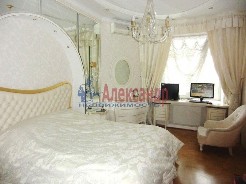 1-комнатная квартира (35м2) в аренду по адресу Реки Фонтанки наб., 22— фото 1 из 2