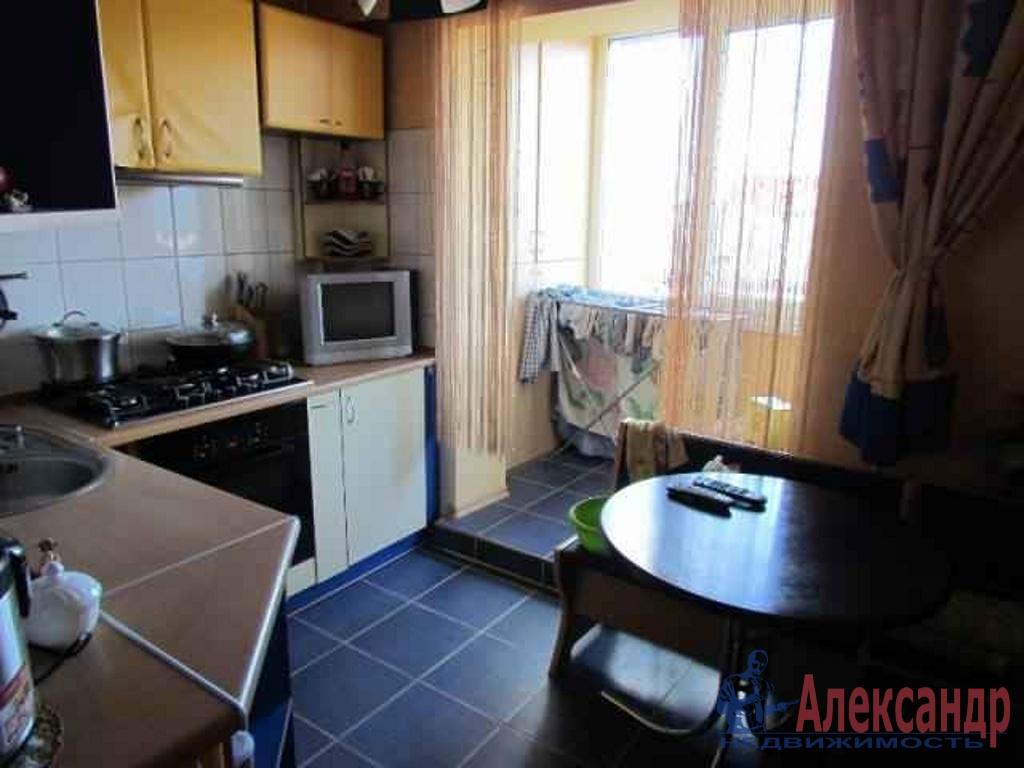 2-комнатная квартира (46м2) в аренду по адресу Коммуны ул., 26— фото 1 из 2