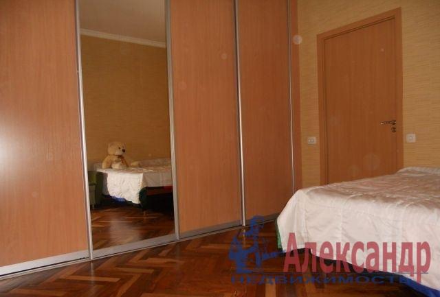 2-комнатная квартира (59м2) в аренду по адресу 1 Муринский пр., 2— фото 3 из 7