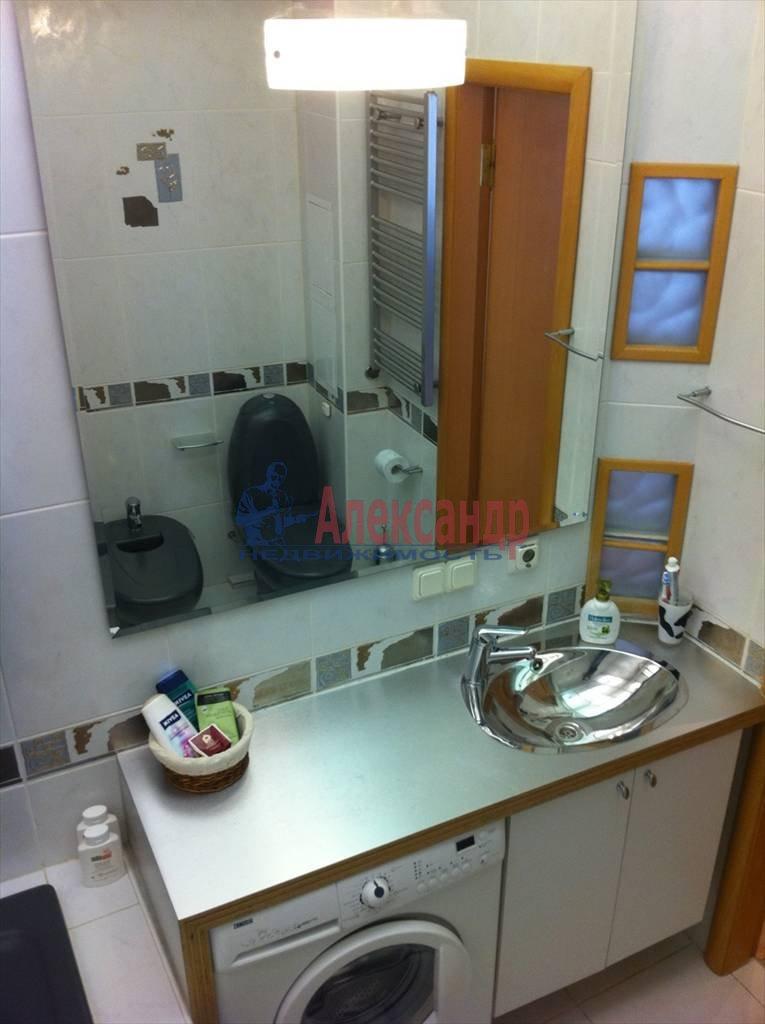 2-комнатная квартира (72м2) в аренду по адресу Никольский пер., 11— фото 8 из 9