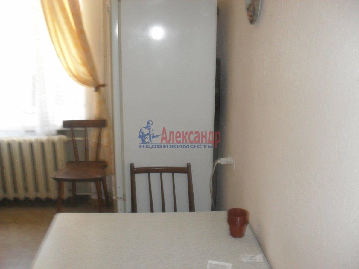2-комнатная квартира (55м2) в аренду по адресу Турку ул., 2— фото 3 из 8