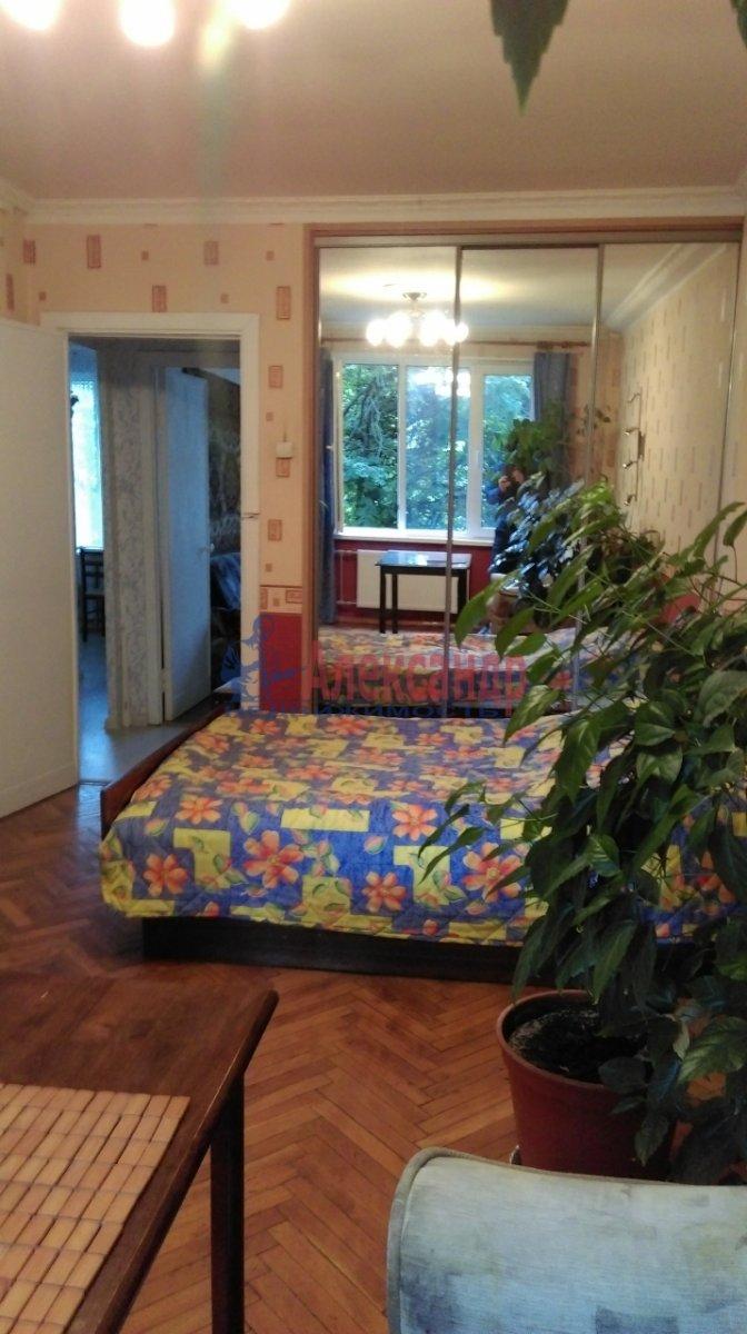 2-комнатная квартира (46м2) в аренду по адресу Большевиков пр., 51— фото 8 из 10