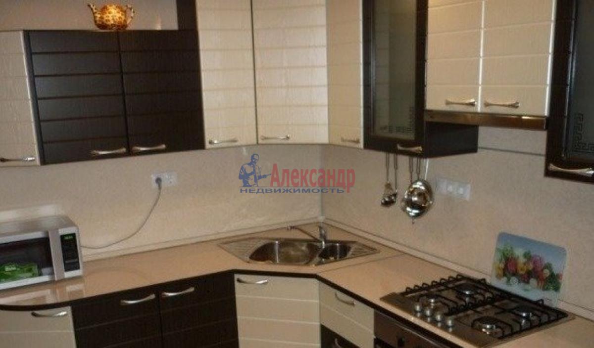 1-комнатная квартира (37м2) в аренду по адресу Ветеранов пр., 78— фото 1 из 3