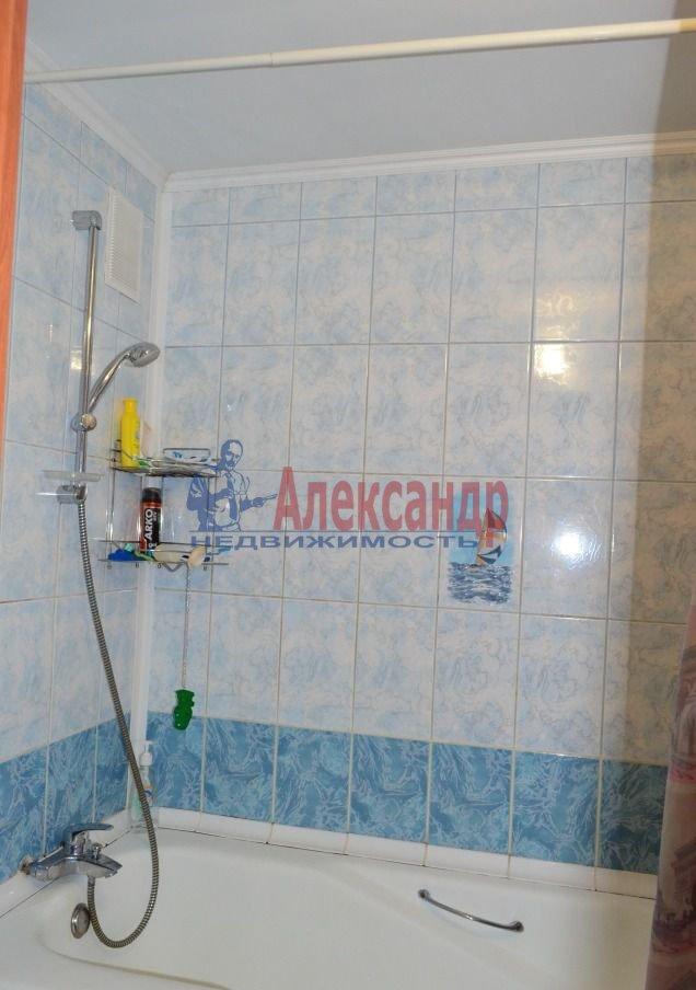 1-комнатная квартира (40м2) в аренду по адресу Стачек пр., 79— фото 3 из 4