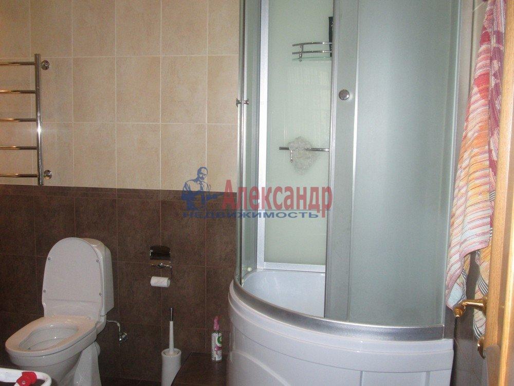 3-комнатная квартира (130м2) в аренду по адресу Виленский пер., 15— фото 8 из 15