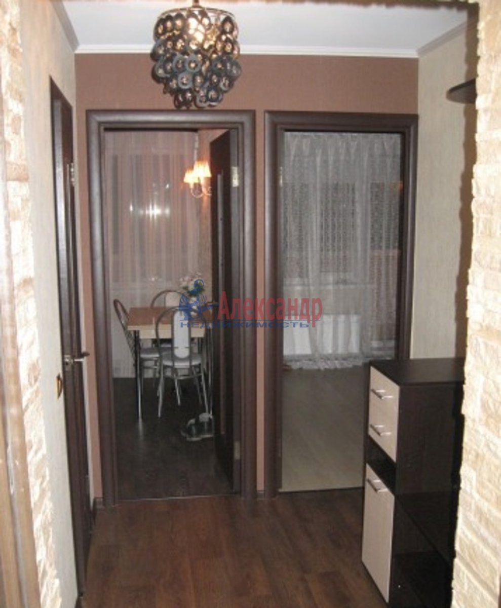 1-комнатная квартира (35м2) в аренду по адресу Русановская ул., 17— фото 3 из 5