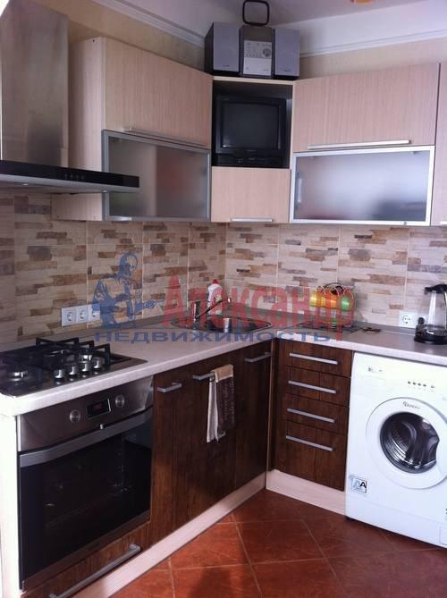 1-комнатная квартира (42м2) в аренду по адресу Богатырский пр., 5— фото 2 из 5