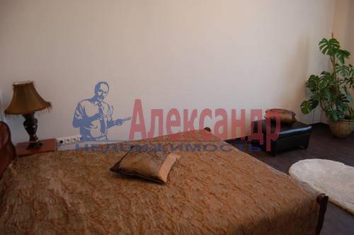 1-комнатная квартира (50м2) в аренду по адресу Российский пр., 8— фото 2 из 9
