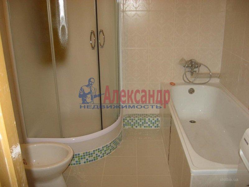 2-комнатная квартира (71м2) в аренду по адресу Марата ул., 37— фото 4 из 4