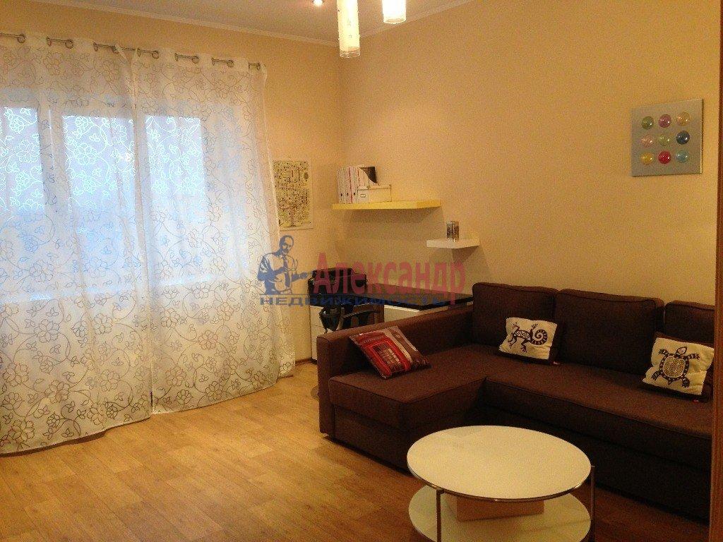 2-комнатная квартира (50м2) в аренду по адресу Юрия Гагарина пр., 12— фото 2 из 2