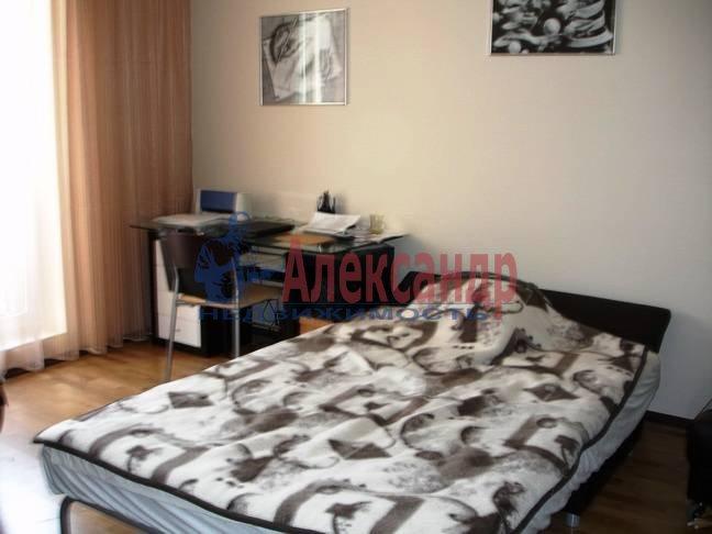 3-комнатная квартира (92м2) в аренду по адресу Клочков пер., 6— фото 2 из 9