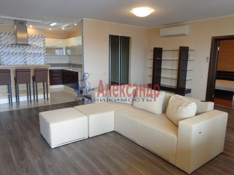 2-комнатная квартира (74м2) в аренду по адресу Пионерская ул., 50— фото 2 из 13