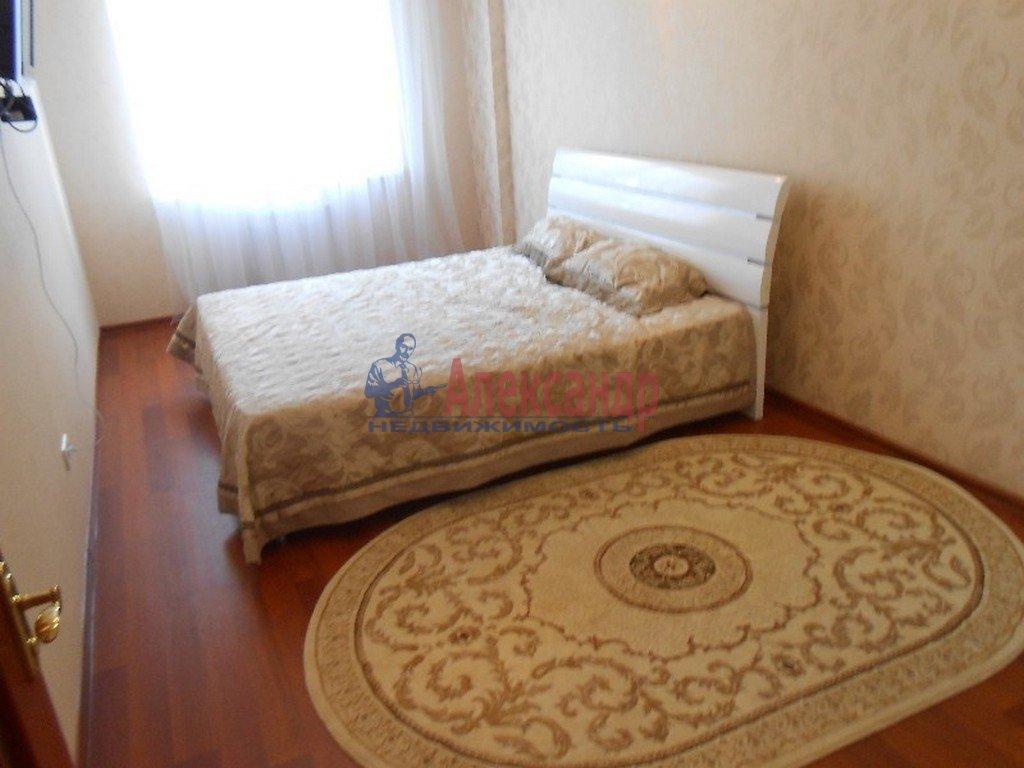 2-комнатная квартира (57м2) в аренду по адресу 11 линия В.О., 22— фото 2 из 3