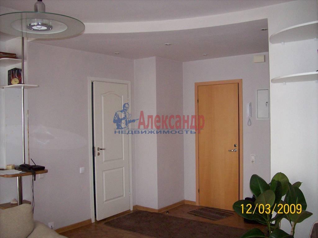 2-комнатная квартира (50м2) в аренду по адресу Петровская наб., 4— фото 4 из 10