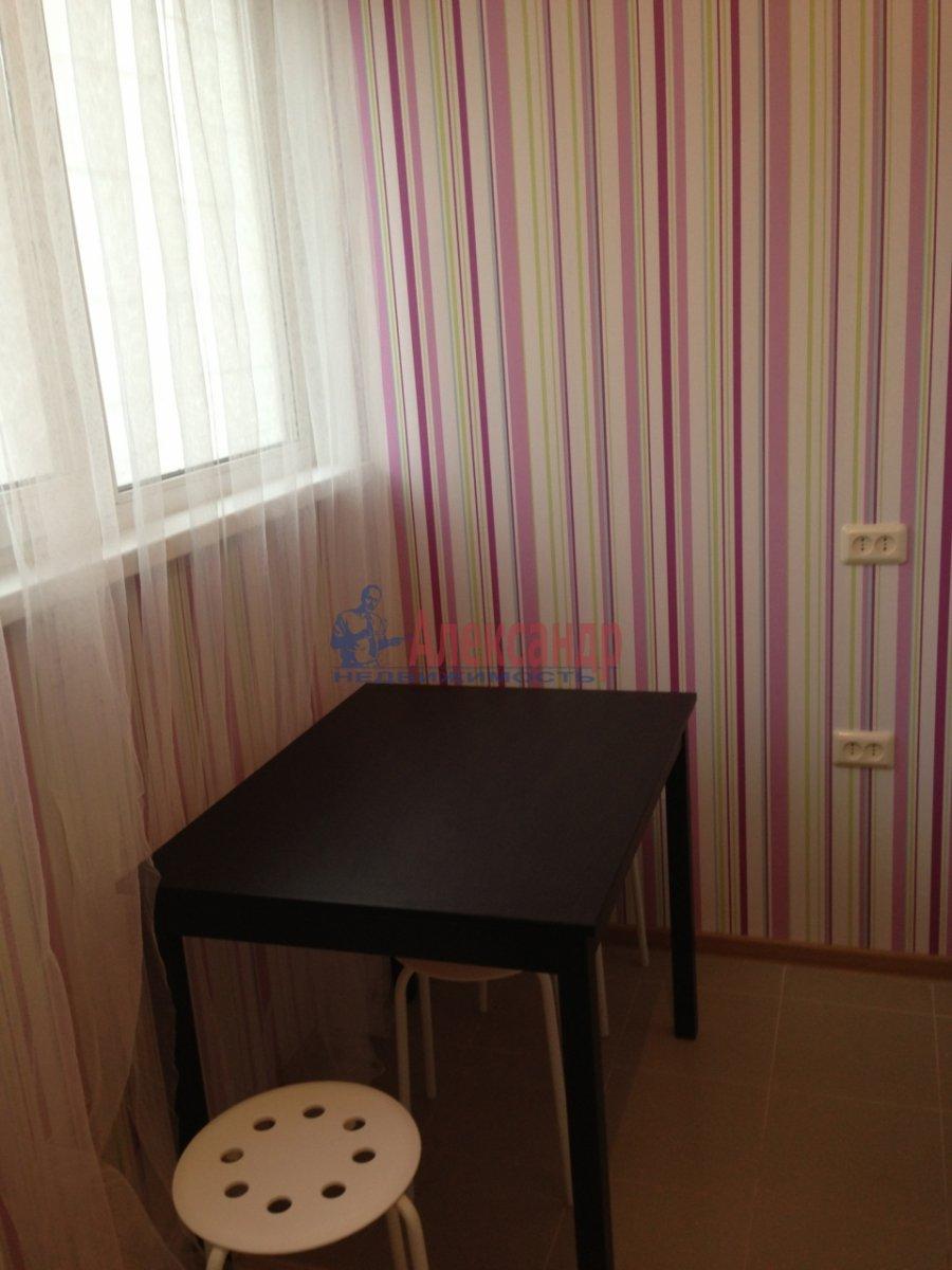 1-комнатная квартира (32м2) в аренду по адресу Сикейроса ул., 6— фото 3 из 7