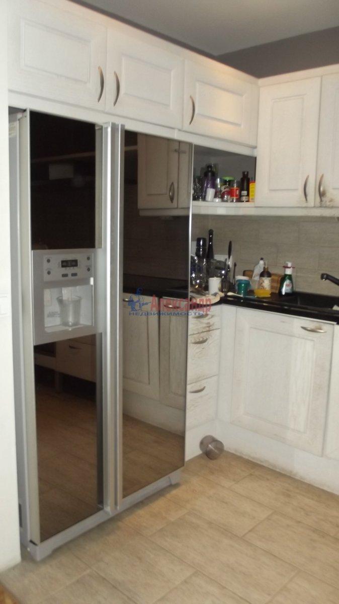 1-комнатная квартира (35м2) в аренду по адресу Крыленко ул., 13— фото 3 из 6