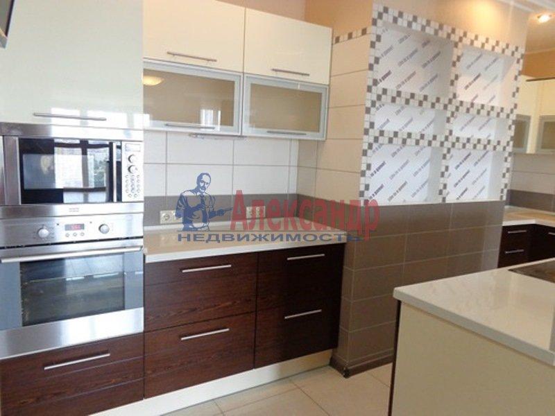 2-комнатная квартира (74м2) в аренду по адресу Пионерская ул., 50— фото 4 из 13