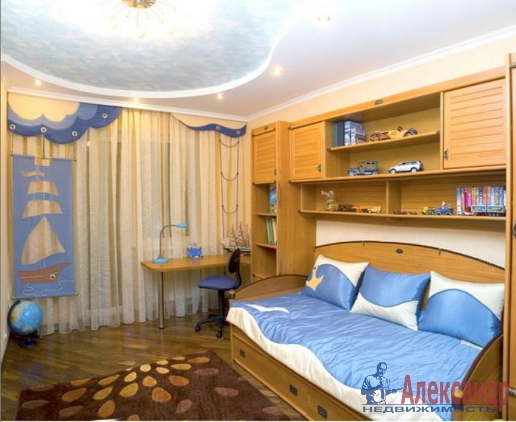 3-комнатная квартира (95м2) в аренду по адресу Композиторов ул., 12— фото 2 из 4