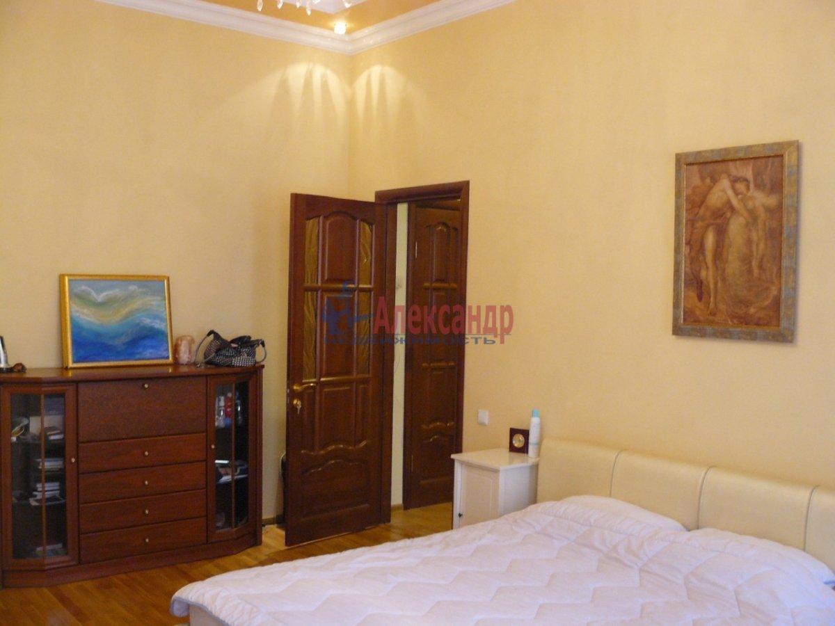 2-комнатная квартира (70м2) в аренду по адресу 5 Советская ул., 4— фото 3 из 13
