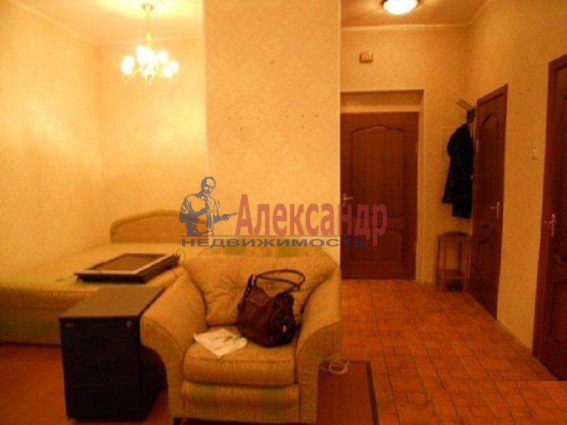 1-комнатная квартира (38м2) в аренду по адресу Композиторов ул., 12— фото 1 из 3