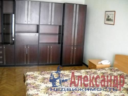 2-комнатная квартира (54м2) в аренду по адресу Новоизмайловский просп., 35— фото 7 из 7