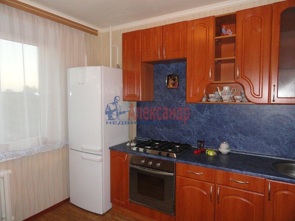 1-комнатная квартира (30м2) в аренду по адресу Бутлерова ул.— фото 2 из 2