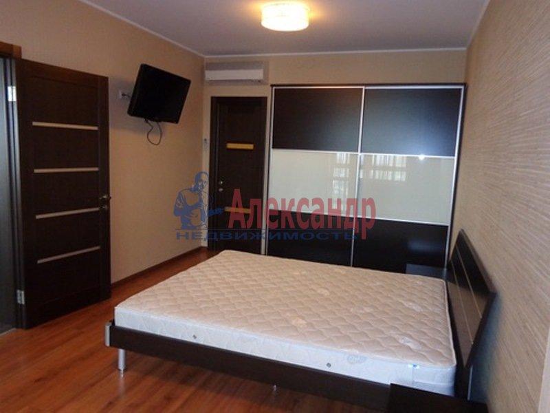 2-комнатная квартира (74м2) в аренду по адресу Пионерская ул., 50— фото 7 из 13