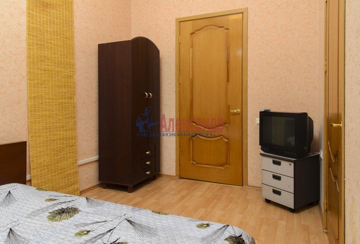 3-комнатная квартира (100м2) в аренду по адресу Малая Конюшенная ул., 10— фото 8 из 10