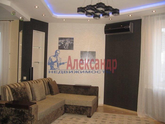 2-комнатная квартира (56м2) в аренду по адресу Ленинский пр., 111— фото 1 из 6