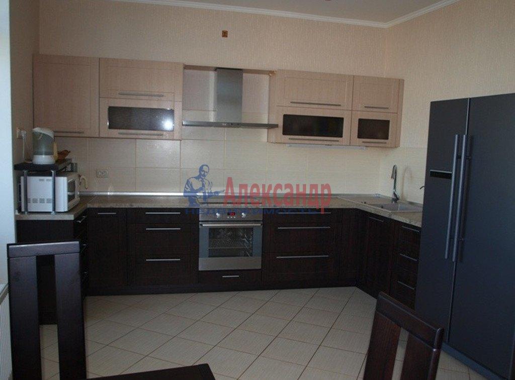 2-комнатная квартира (73м2) в аренду по адресу Московский просп., 73— фото 1 из 4