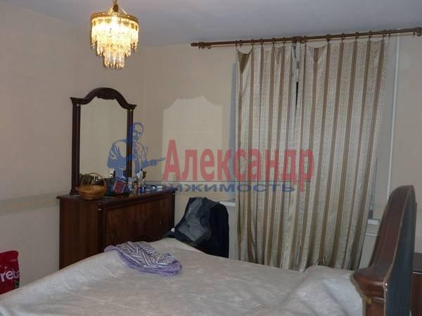 3-комнатная квартира (85м2) в аренду по адресу Политехническая ул., 17— фото 2 из 5