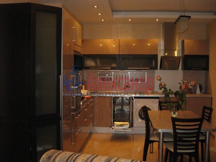 2-комнатная квартира (56м2) в аренду по адресу Ленинский пр., 111— фото 2 из 6