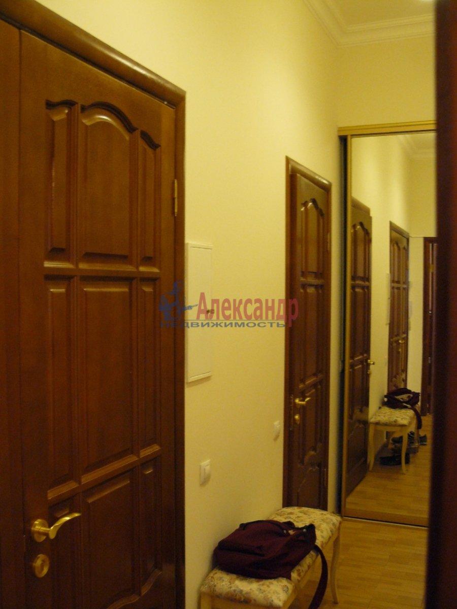 2-комнатная квартира (70м2) в аренду по адресу 5 Советская ул., 4— фото 4 из 13