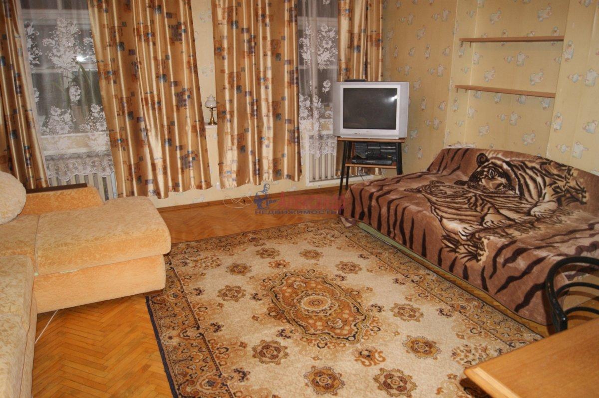 1-комнатная квартира (40м2) в аренду по адресу Барочная ул., 12— фото 2 из 3