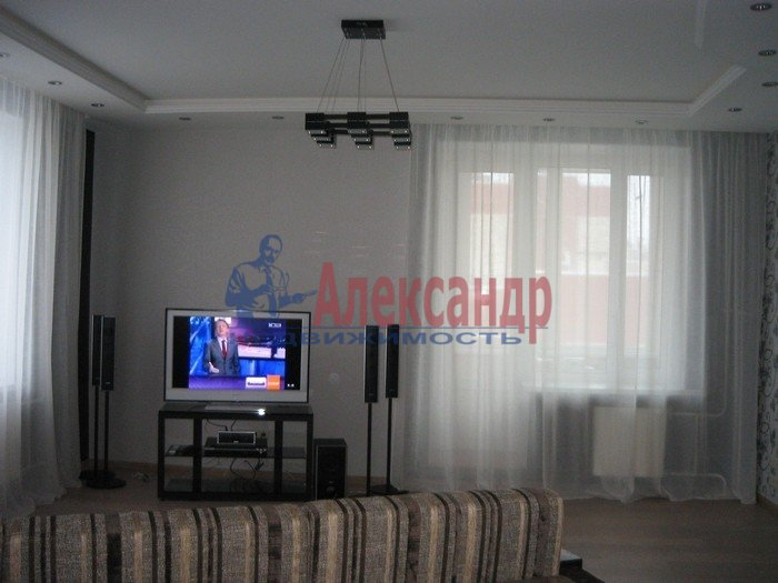 2-комнатная квартира (56м2) в аренду по адресу Ленинский пр., 111— фото 3 из 6