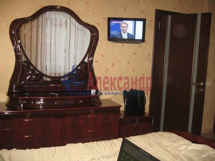 2-комнатная квартира (56м2) в аренду по адресу Ленинский пр., 111— фото 4 из 6