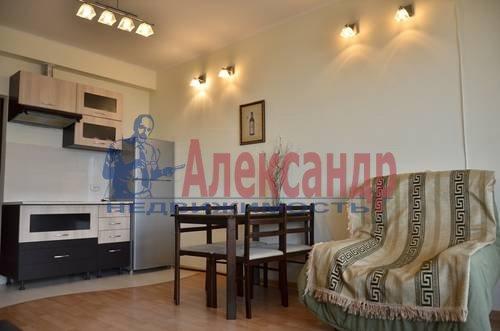 2-комнатная квартира (65м2) в аренду по адресу Варшавская ул., 9— фото 3 из 8