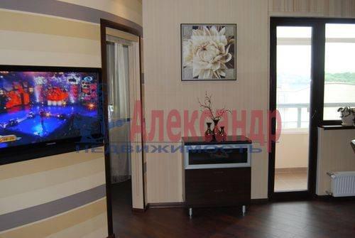 2-комнатная квартира (72м2) в аренду по адресу Большая Посадская ул., 12— фото 4 из 6