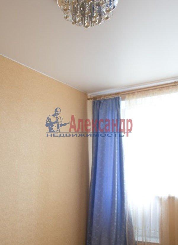 1-комнатная квартира (37м2) в аренду по адресу Художников пр., 22— фото 1 из 3