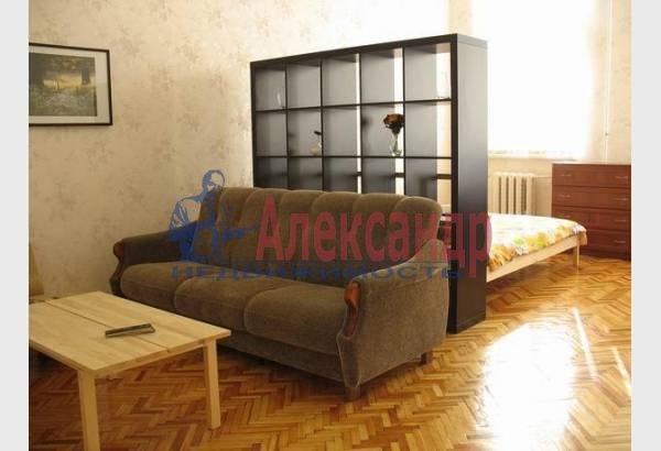 2-комнатная квартира (70м2) в аренду по адресу Марата ул., 4— фото 7 из 9