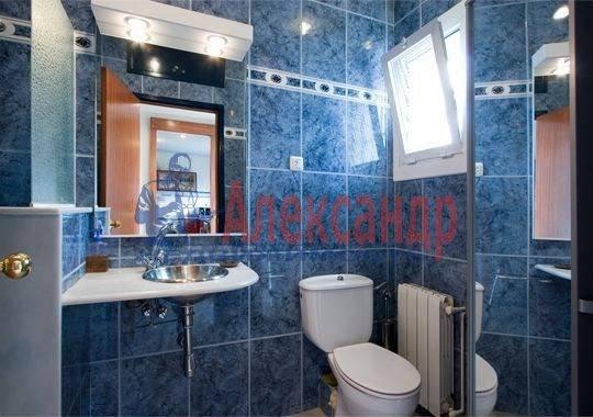 1-комнатная квартира (50м2) в аренду по адресу Итальянская ул.— фото 4 из 4