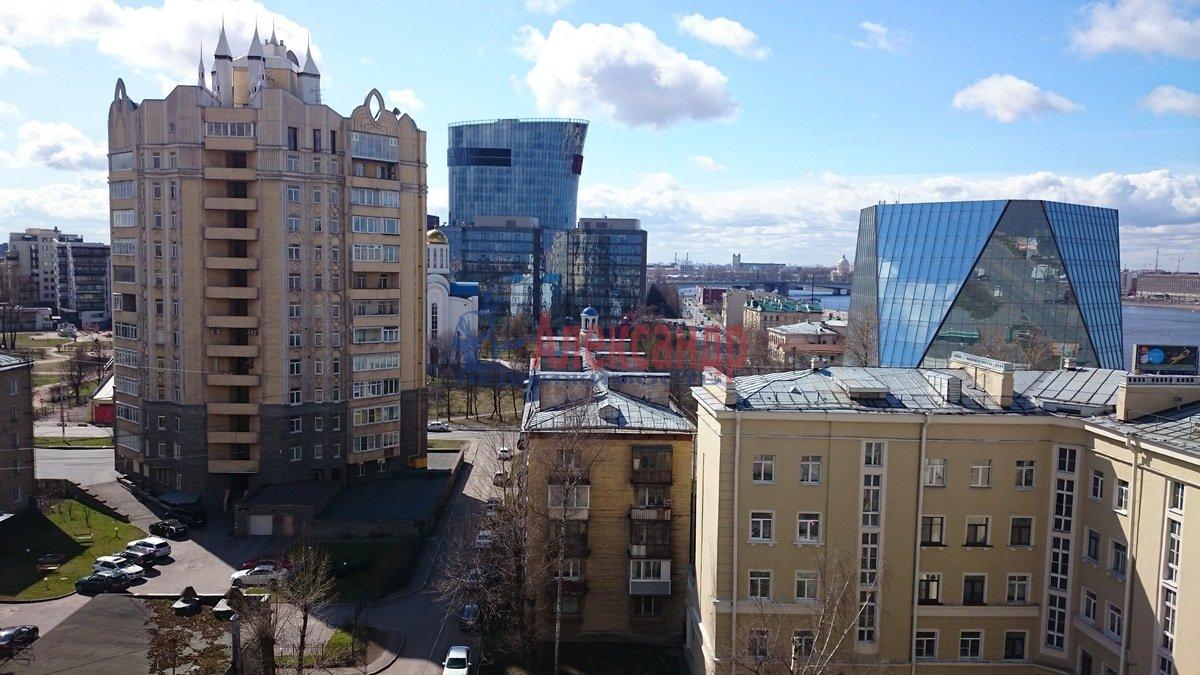 1-комнатная квартира (52м2) в аренду по адресу Малоохтинский пр., 16— фото 8 из 8