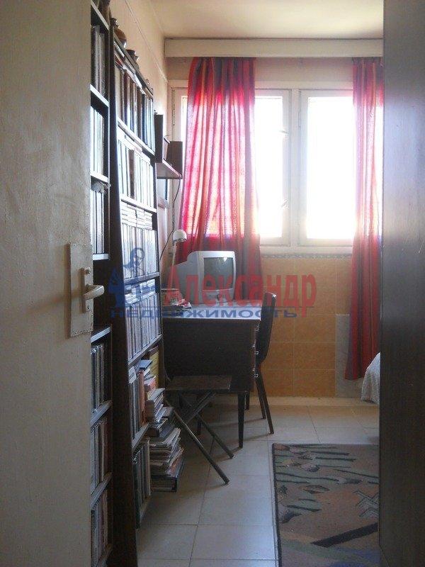 Комната в 3-комнатной квартире (65м2) в аренду по адресу Котельникова алл., 3— фото 2 из 5