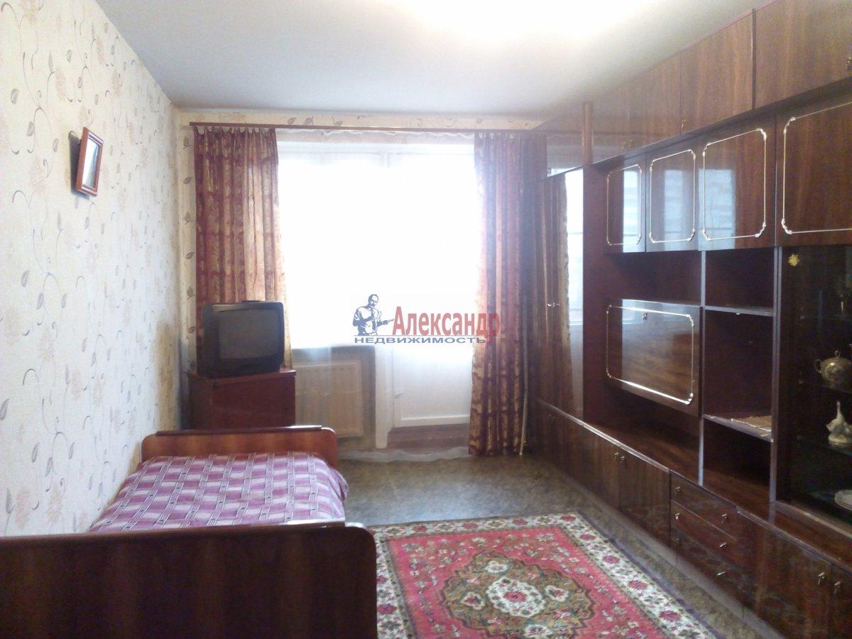 2-комнатная квартира (62м2) в аренду по адресу Кузнецова пр., 29— фото 1 из 10