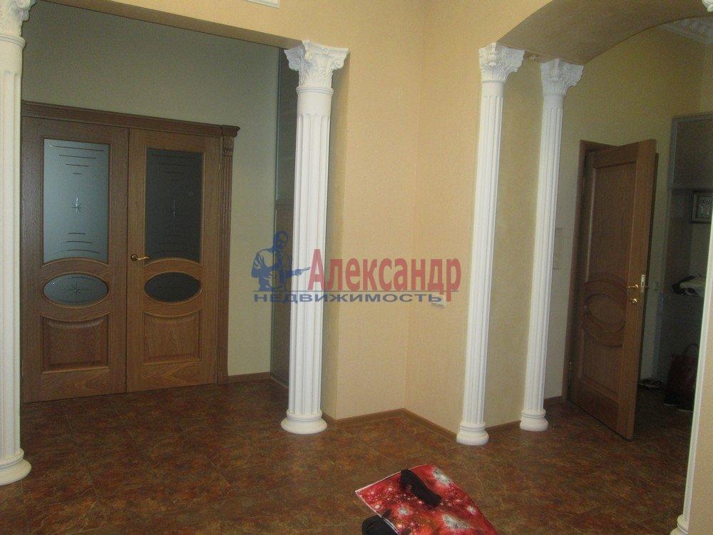 3-комнатная квартира (130м2) в аренду по адресу Виленский пер., 15— фото 3 из 15