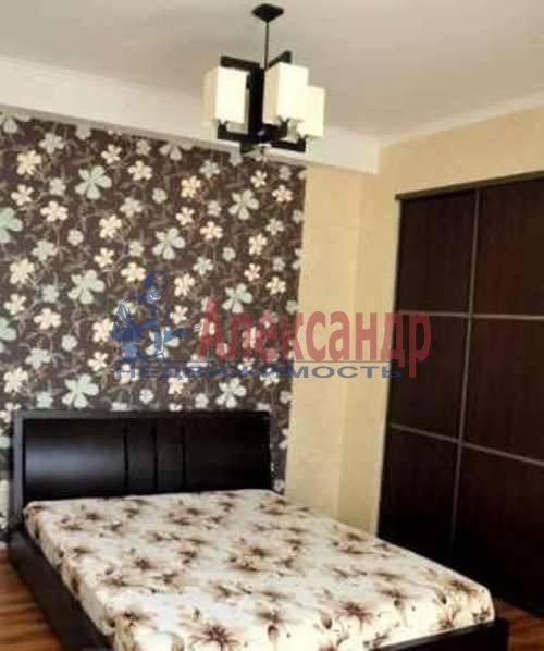 2-комнатная квартира (68м2) в аренду по адресу Энгельса пр., 93— фото 3 из 7