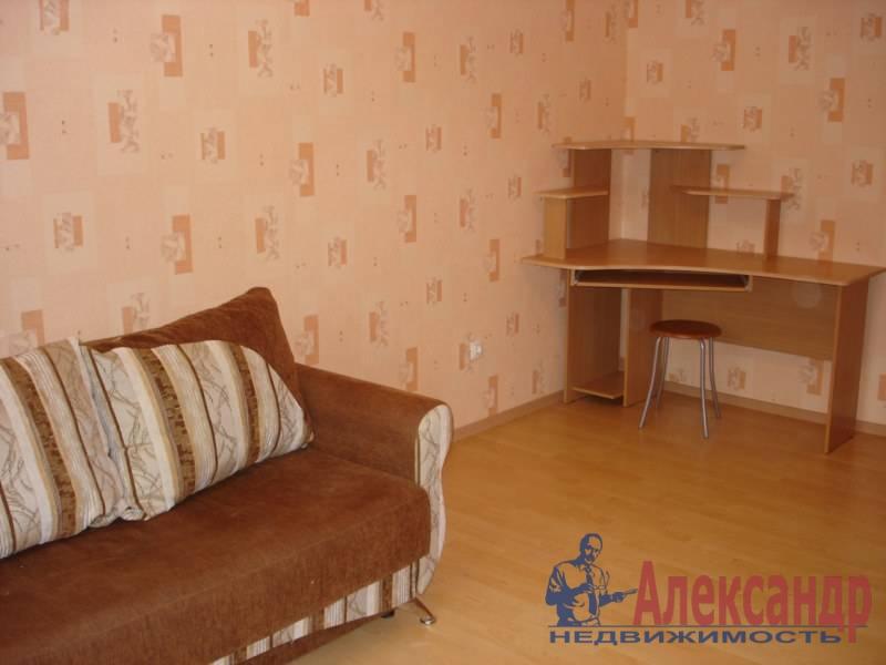 1-комнатная квартира (38м2) в аренду по адресу Науки пр., 12— фото 1 из 7