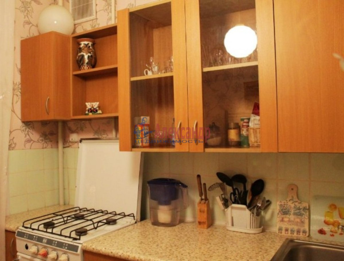 1-комнатная квартира (40м2) в аренду по адресу Торжковская ул., 12— фото 1 из 3